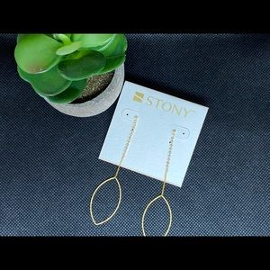 Stony drop earrings